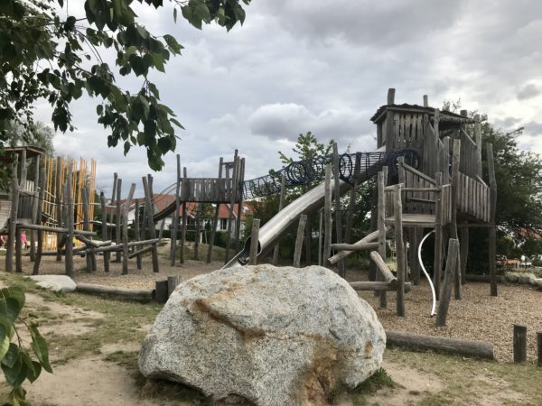 spielplatz-alla-hopp-anlage-gruenstadt