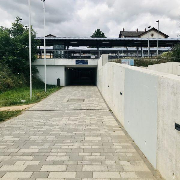 bahnhof-gruenstadt-unterfuehrung