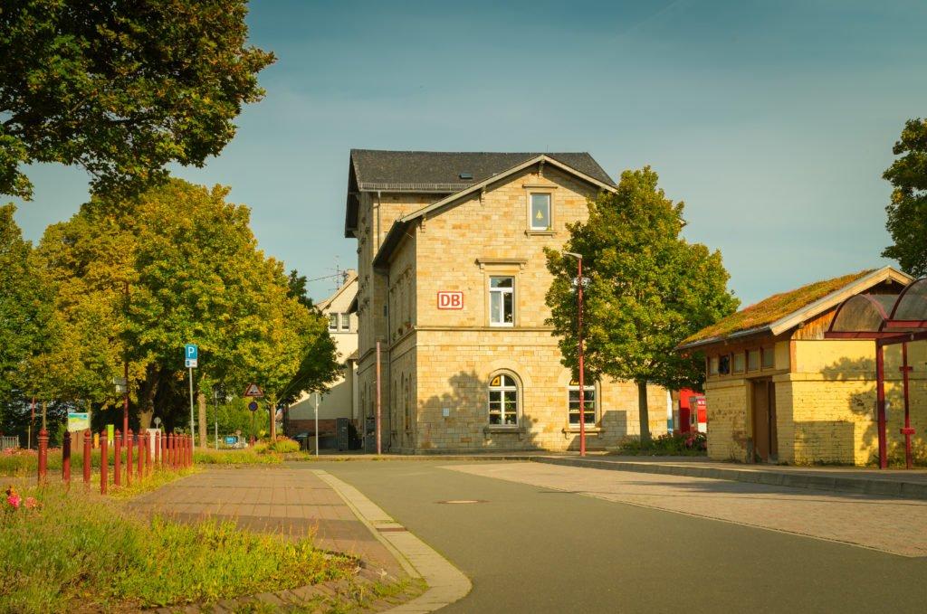 bahnhof-monsheim